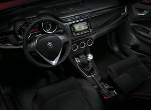 Alfa_Romeo-Giulietta_Sprint_2015_15-765x556